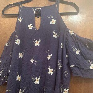 American Eagle cold shoulder floral top